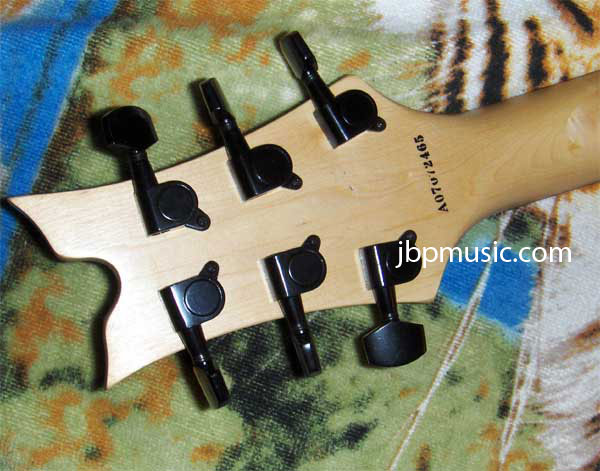 Dean Vendetta XM Electric Guitar Review - Nice low price, but still on